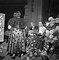 Het toneelechtpaar Aaf en Herman Bouber worden toegesproken door Heintje Davids , Bestanddeelnr 907-4580.jpg