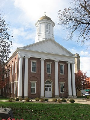 Highland County Courthouse (2012) ist einer von 26 Einträgen des Countys im National Register of Historic Places.