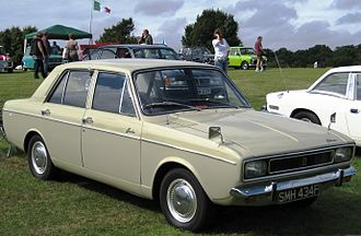 Rootes Arrow - 1967 Hillman Hunter Saloon