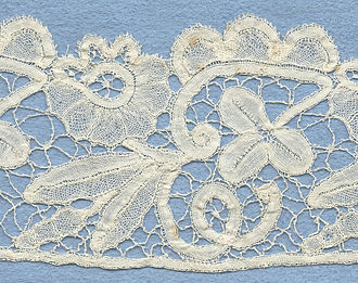 Honiton lace - Honiton lace edging