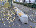 Hostile bench at Spittelauer Lände, Vienna.jpg