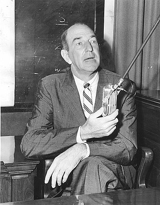 Confidential (magazine) - Howard Rushmore testifying at 1957 trial