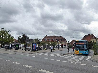 Sådan kommer du til Husum Torv med offentlig transport – Om stedet