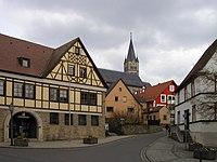 Igersheim Rathaus und katholische Kirche St. Michael.jpg