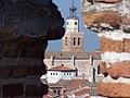 Iglesia desde el castillo - panoramio.jpg
