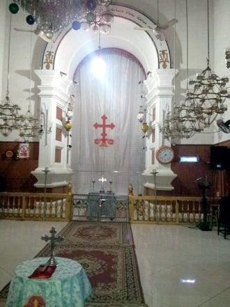 Chaldean Syrian Church - Inside view of Thrissur Marth Mariam Cathedral
