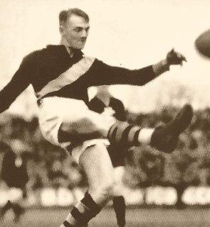 Jack Titus Australian rules footballer, born 1908