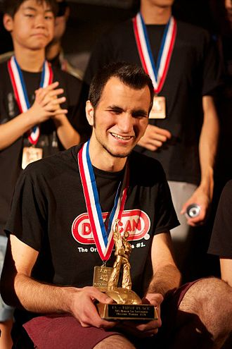 2013 World Yo-Yo Contest - Janos Karancz winning World Title. He was the first European to win the 1A World Title.