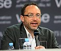 Jimmy Wales founder and promoter of the online non-profit encyclopedia Wikipedia at Doha ,Photos by Hanson K Joseph (cropped).jpg