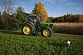 John Deere 7330 a.jpg
