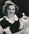 Judy Garland publicity photo 1939.jpg
