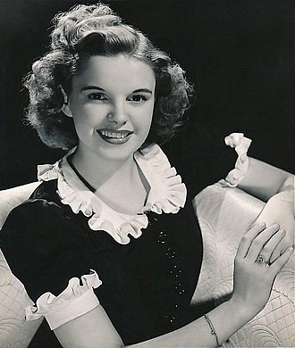 Judy Garland - Publicity photo of Garland from 1939