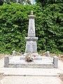 Juvigny (Aisne) monument aux morts.JPG