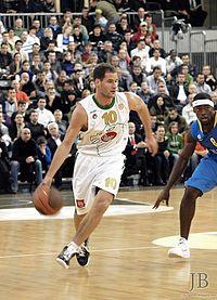 KK Union Olimpija vs Maccabi Tel Aviv 2009-12-03 (03).jpg