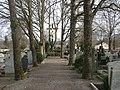 Katholischer Friedhof - panoramio.jpg