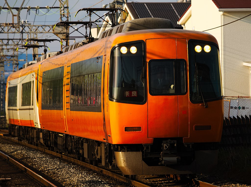 Kintetsu 22000 series old+new liveries Kyoto Line (40825979374)