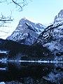 Klöntalersee mit Glärnisch - panoramio.jpg
