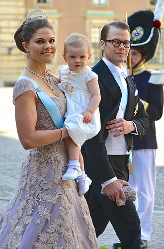 Prince Daniel, Duke of Västergötland - Daniel with his wife and daughter arriving at the wedding of his sister-in-law Madeleine, 2013.