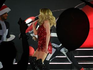 Spinning Around - Minogue performing the song as part of her 2015 Summer Tour.