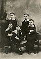 Léon Blum enfant et ses frères.jpg