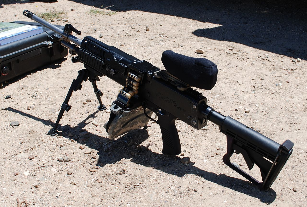 LSAT light machine gun with Ammunition.JPG
