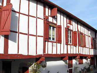 La Bastide-Clairence - Baserri style house