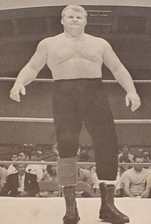"Larry ""Pretty Boy"" Hennig - Nov. 1969 The Wrestling News Program Magazine.jpg"