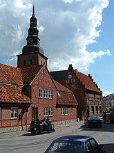 Fil:Latinskolan i Ystad 01.jpg