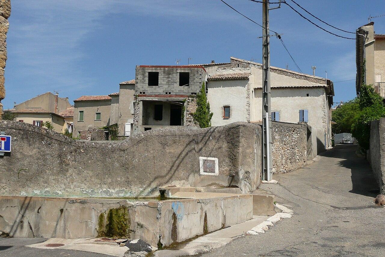 Lavoir à Saint-Just (Ardèche).JPG