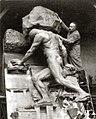 Le rocher de Sisyphe et son sculpteur Alix Marquet 1933.jpg