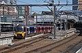 Leeds railway station MMB 50 333011.jpg