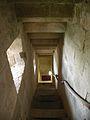 Lesparre tour d'honneur escalier.JPG