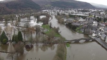 File:Llanrwst Floods 2015 1.ogv