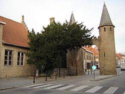 Lo - Westpoort and Caesarsboom.jpg