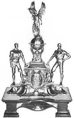 London 1908 Football Challenge Cup.jpg