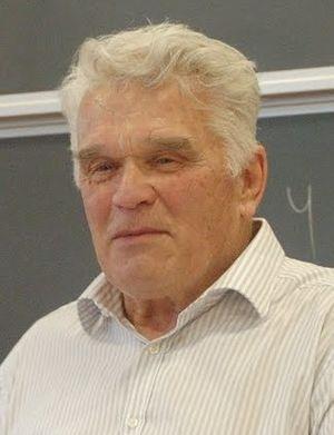Ludvig Faddeev - Ludvig Faddeev during a talk at Aarhus University, August 2010