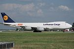 "Lufthansa Cargo Boeing 747-230F-SCD D-ABYO ""America"" ""Member of WOW"" sticker (24302650542).jpg"