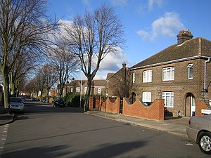 Leagrave - Luton, Dordans Road in Leagrave, typical interwar properties