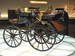 تاريخ السيارة 150px-MHV_Daimler_Motorkutsche_1886_01
