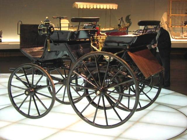 MHV Daimler Motorkutsche 1886 01