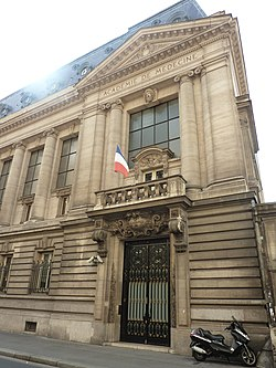 MH Paris 16 rue Bonaparte.jpg