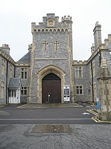 Main entrance to HMP Kingston - geograph.org.uk - 853389.jpg