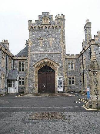 HM Prison Kingston - Image: Main entrance to HMP Kingston geograph.org.uk 853389