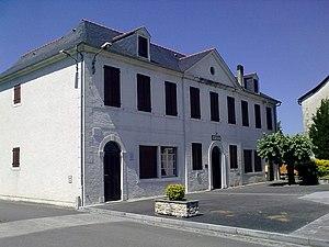 Arros-de-Nay - Town hall