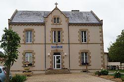 Mairie de Bazoges-en-Paillers (vue 2, Éduarel, 17 mai 2017).jpg