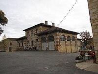 Mairie de Montcabrier.JPG