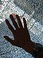 Man sobre un cristal, A coruña.jpg
