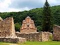 Manastir Ravanica sa zidinama.JPG