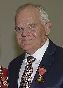 Mark Hadlow ONZM (cropped).jpg