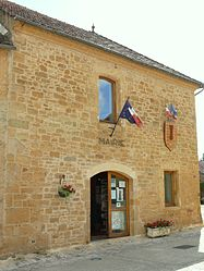 The town hall in Marminiac